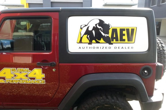 Global 4x4 Vehicle Signage